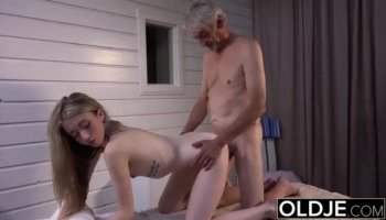 Cutie horny chick Alice March loves the thick dick
